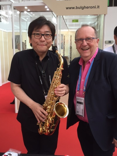 Teatro Raffinato, Yanagisawa saxophonist well known in Asia, with the clip ligature for E flat saxophone